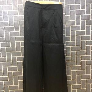 MERONA WMS SZ 10 BLACK CROPPED WIDE LEGS PLEAT NEW